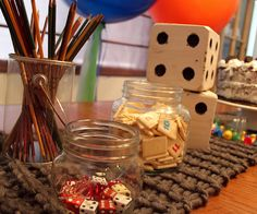 Cute decorating ideas for game themed party. *this was really cute, simple,