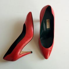 Gucci 1980s red leather pointed toe pumps size 38.5 IT | 7.5 US