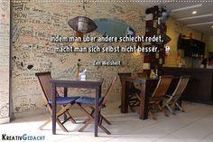 Wer über andere schlecht redet, macht sich selbst nicht besser. Zen Weisheit. >>>> KLICKE FÜR DEN ARTIKEL: Wie du Dinge nicht mehr so persönlich nimmst: http://kreativgedacht.de/nicht-persoenlich-nehmen/