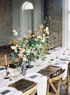 Chic rustic wedding reception decor. #wedding #reception #decor