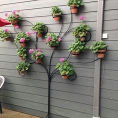 39 cheap and simple DIY garden ideas that anyone can do - Diygardeneasy.live, # Gardening ideas 39 cheap and simple DIY garden ideas that anyone can do - cheap and sim. Garden Yard Ideas, Garden Crafts, Garden Projects, Backyard Ideas, Garden Art, Easy Projects, Creative Garden Ideas, Simple Garden Ideas, Garden Ideas Diy Cheap