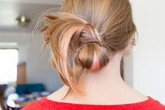 Chronicles of a Hair Novice: The Messy Bun. Half-tutorial, half-comedy