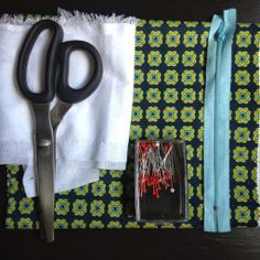 hojaldre de botones: DIY - Tutorial como hacer un neceser o valisette