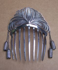 Silver filigree Algerian style hair comb with tassels, 1840s - 1860s