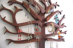 beautiful way to store and display your jewelry- DALTON HAS TO MAKE ME THIS