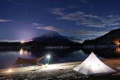 焚き火に星空。自由気ままな旅に出かけたくなる!テンマクデザイン「ムササビウィング」の魅力と楽しみ方 | hinata