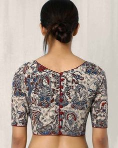 Kalamkari Blouse Designs For more designs visit… Kalamkari Blouse Designs, Cotton Saree Blouse Designs, Saree Blouse Patterns, Kurta Designs, Kalamkari Blouses, Kalamkari Saree, Blouse Back Neck Designs, Simple Blouse Designs, Stylish Blouse Design