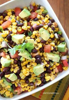 Southwestern Black Bean Salad – great as a salad to pack for lunch or serve this with chips for dipping!  Smart Points: 2 • Calories: 80 (per 1/2 cup)