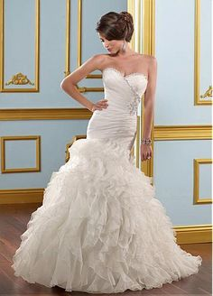 Stunning Organza Mermaid/trumpet Sweetheart Neckline Wedding Dress