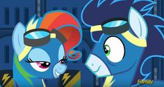 Resultado de imagem para rainbow dash e soarin Mlp, Rainbow Dash And Soarin, Raimbow Dash, My Little Pony Friendship, Girls Show, Equestria Girls, Memes, Little Girls, Fan Art
