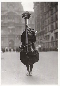Otto Bettmann Walking Violin in Philadelphia Mummers' Parade, 1917
