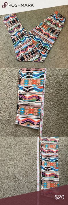 "LuLaRoe tribal leggings In great condition. Smoke free home.   35.5"" long  26"" inseam 10"" waist  Stretchy fabric. LuLaRoe Pants Leggings"