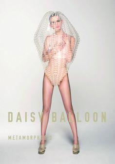 風船を使って形成されたファッショナブルなバルーンアート「daisy balloon」