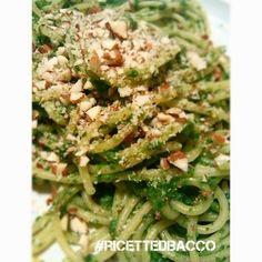 Spaghetti al pesto di Spinaci con Mandorle e Noci.