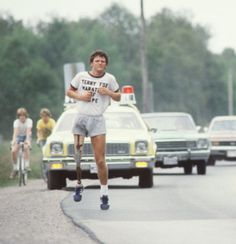 1981 - The courage of Terry Fox / Le courage de Terry Fox Fox Quotes, Canada 150, Classic Trucks, How To Raise Money, Running, History, True North, Inspiring People, Souvenir