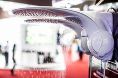 O Duo Shower Turbo Eletrônica Plus, da Lorenzetti (www.lorenzetti.com.br), é composto por chuveiro e ducha em uma única peça. Um comando eletrônico permite o controle da temperatura durante o banho. O aparelho foi um dos lançamentos da marca para a 19º edição da Feicon Batimat, em São Paulo