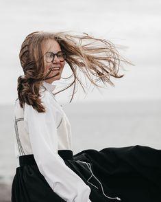Fineste og godeste Katrina som er konfirmant i år✨ Her står vi på berget med iskald vind i ryggen, og hår til alle kanter! - men Katrina smilte gjennom hele fotograferingen. Sporty ungdom! Dreadlocks, Hair Styles, Beauty, Hair Plait Styles, Hair Makeup, Hairdos, Haircut Styles, Dreads, Hair Cuts