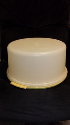 Vintage Tupperware Extra Large Cake Taker by TeresaScholleDesigns on Etsy