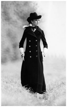 I would like all of this outfit! Marisa Berenson in an overcoat and bowler hat. Photo Arnaud de Rosnay, 1968