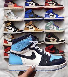 Jordan Shoes Girls, Girls Shoes, Shoes Women, Cute Sneakers, Shoes Sneakers, Black Sneakers, Souliers Nike, Nike Shoes Air Force, Aesthetic Shoes