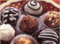 Trufas de chocolate - Veja como fazer em: http://cybercook.com.br/receita-de-trufas-de-chocolate-r-7-84807.html?pinterest-rec