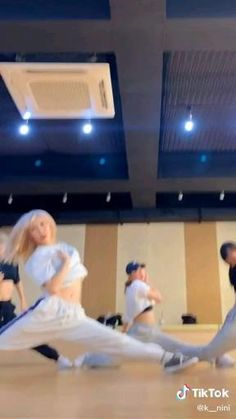 Ballet Dance Videos, Girl Dance Video, Hip Hop Dance Videos, Dance Workout Videos, Dance Moms Videos, Dance Music Videos, Dance Tips, Dance Choreography Videos, Baile Hip Hop