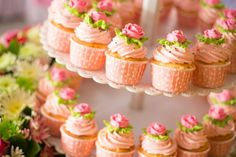 Wedding cakes are traditionally cut during the wedding celebrations. Make sure you discuss these 3 important things with your wedding cake baker when you place your orders.