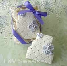 Quilted Flower Cake - cookie by L sweets, via Flickr