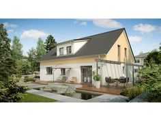 Zürich - #Einfamilienhaus mit #Einliegerwohnung (ELW) / #Zweifamilienhaus von HELMA Eigenheimbau AG | HausXXL #Mehrgenerationenhaus #klassisch #Satteldach