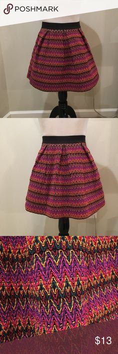 Forever 21 textured bubble skirt Forever 21 textured bubble skirt  Super interesting texture and very cute and fun! Forever 21 Skirts