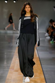 Sfilata Moda Uomo Y-3 Parigi - Primavera Estate 2018 - Vogue