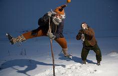 """Tradições de Natal pelo mundo - Os """"Jólasveinarnir"""", espécies de duendes que correm atrás das crianças no Natal da Islândia"""