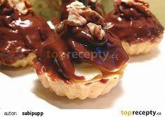 Košíčky plněné vanilkovým krémem s čokoládou recept - TopRecepty.cz Waffles, Pancakes, Cake Recipes, Dessert Recipes, Cheesecake, Food And Drink, Breakfast, Advent, Party