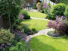 Flower Garden Design, Backyard Garden Design, Small Backyard Landscaping, Small Garden Design, Small Garden Landscape, Landscape Design, Outdoor Plants, Outdoor Gardens, Backyard Beekeeping