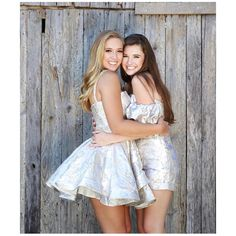 Tag your girls! 🌸🌼💕 Friends that dress up together, stay together! Homecoming Queen, Homecoming Dresses Long, Graduation Dresses, Bridesmaid Dresses, Trendy Plus Size Dresses, Short Celebrities, Dress Outfits, Dress Up, Formal Cocktail Dress