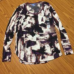 Simply Vera Vera wang crinkle long sleeve tee NWT really cute casual top. Purple multicolored abstract pattern! Simply Vera Vera Wang Tops Tees - Long Sleeve