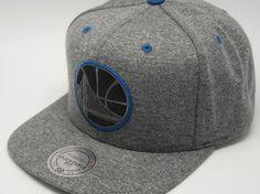 #tophats #caps #gorras #accesorios #accessories #football #basket #baseball #hockey #capaddict #capsshop #fashion #giftideas #snapback #gorrassnapback #viseraplana #capsonline #gorrasplanas #headwear #mitchellandness #goldenwarriors