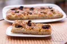 Focaccia con queso Gorgonzola, tomates secos y orégano