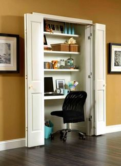 Kitchen design idea - Home and Garden Design Ideas home office closet idea retro green chair Beautiful office space . Home Office Design Home Office Closet, Closet Desk, Office Nook, Closet Bedroom, Closet Space, Laundry Closet, Wardrobe Closet, Bedroom Office, Closet Wall