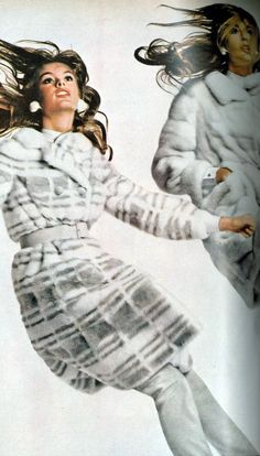 Jean Shrimpton by Avedon Vogue 1967