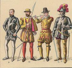 Para la guerra se usaban cotas de malla, sobre túnicas de lana, armaduras, escudos y yelmos de hierro, pues las luchas eran cuerpo a cuerpo, y cinturones para sostener las espadas.