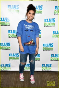 Alessia Cara Slays Cover of Selena Gomez's 'Hands to Myself' - Watch Now!: Photo Alessia Cara stops by The Elvis Duran Morning Show held at Studio on Tuesday morning (January in New York City. The singer was gifted… Indie Outfits, Female Singers, Famous Women, Celebrity Gossip, Sweater Weather, Selena Gomez, Role Models, My Style, Celebrities
