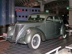 Lincoln Zephyr 4 Door Sedan