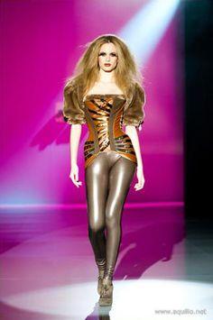 Steampunk Fashion: Maya Hansen's Futuristic Corsets For 2010-11 – Lingerie Talk