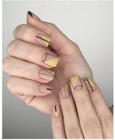 18 Uber-Cool Geometric Nail Art Designs Taking Everyone's Breath Away! Short Nail Designs, Nail Art Designs, Round Nail Designs, Geometric Nail Art, Round Nails, Rose Gold Nails, Minimalist Nails, Dream Nails, Gel Nails
