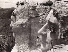 Construcción del monte Rushmore en 1939