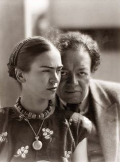 Munkácsi, Martin - Frida Kahlo and Diego Rivera (1933)
