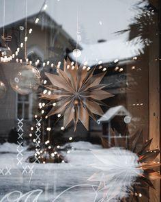 Sarustiikka, Taitokortteli, Joensuu, Finland, 2019   Moodnotes   Photo by Emmi Kinnunen Brown Christmas Decorations, Christmas Ornaments, Finland, Champagne, Windows, Display, Table Decorations, Instagram, Home Decor