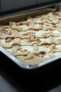 rahkakakku Minion, Sweet Recipes, Cereal, Baking, Breakfast, Candies, Food, Ideas, Morning Coffee