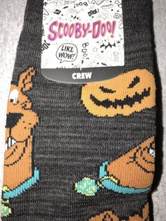 Brand new with tag Men's pair of Halloween Novelty Crew Socks Size Scooby-Doo And Pumpkins Polyester Blend BIOWORLD Brand Halloween Socks, Novelty Socks, Fall Looks, Crew Socks, Drink Sleeves, Pumpkins, Scooby Doo, Pairs, Cartoon